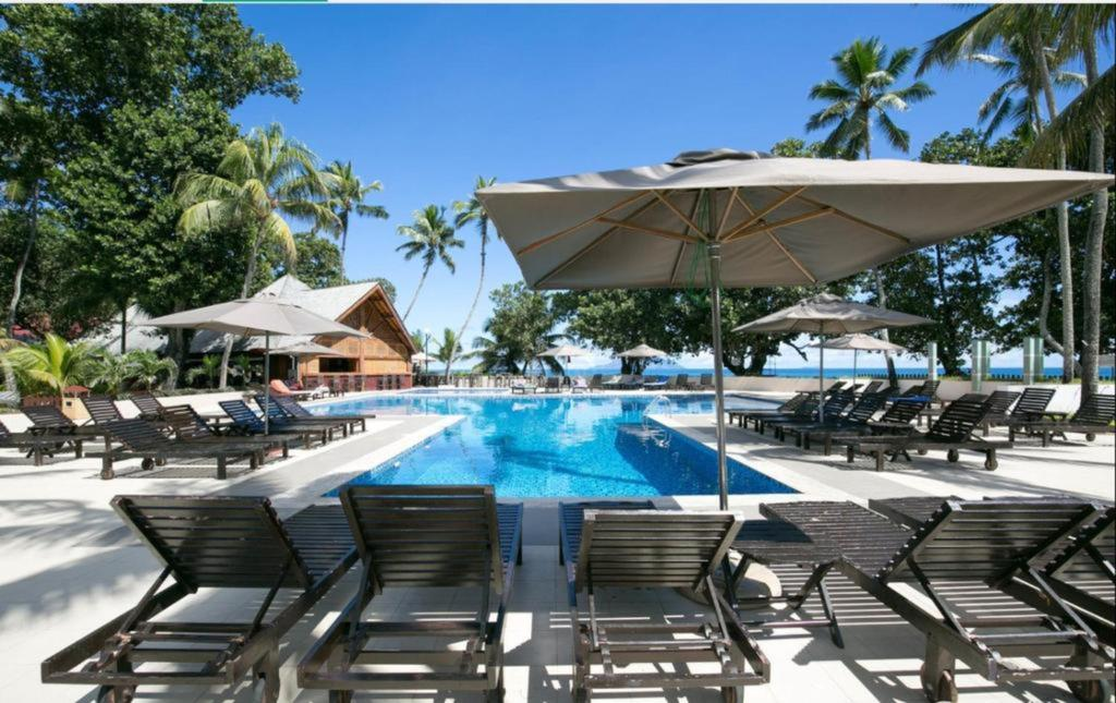 Berjaya beau vallon bay resort /u0026 casino palms resort /u0026 casino port vila